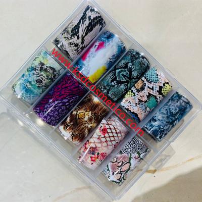 Papel foil en decoración para uñas